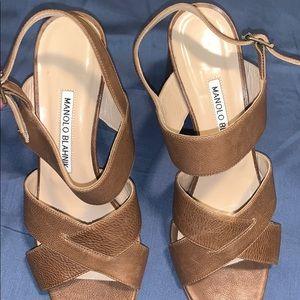Manolo blahnik heels 😋